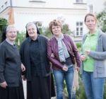 Lange Nacht der Kirchen 2016 Pflanzaktion Klostergarten Maria Schmolln 26